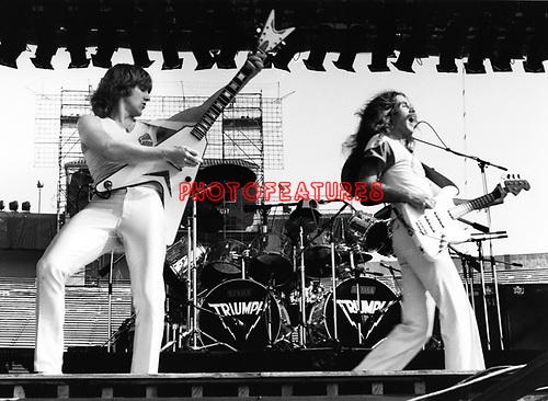 Triumph 1982 Rik Emmett and Mike Levine.© Chris Walter.