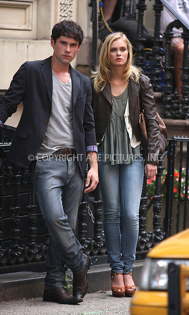 WWW.ACEPIXS.COM . . . . .  ....August 10 2009, New York City....Actors Sara Paxton and Ben Hollingsworth on the downtown Manhattan set of the new TV show 'The Beautiful Life' on August 10 2009 in New York City....Please byline: AJ Sokalner - ACEPIXS.COM..... *** ***..Ace Pictures, Inc:  ..tel: (212) 243 8787..e-mail: info@acepixs.com..web: http://www.acepixs.com
