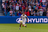 LE HAVRE,  - JUNE 20: Tobin heath #17 pushes forward during a game between Sweden and USWNT at Stade Oceane on June 20, 2019 in Le Havre, France.