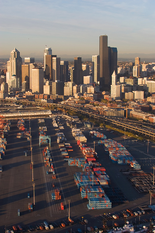 Seattle, Aerial, container pier, containers, skyline, Business District, Port of Seattle, Elliott Bay, Puget Sound, Washington State, Pacific Northwest, world trade,