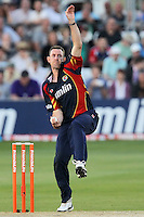 David Masters in bowling action for Essex - Essex Eagles vs Sussex Sharks - Friends Life T20 Cricket at the Ford County Ground, Chelmsford, Essex - 28/06/12 - MANDATORY CREDIT: Gavin Ellis/TGSPHOTO - Self billing applies where appropriate - 0845 094 6026 - contact@tgsphoto.co.uk - NO UNPAID USE.