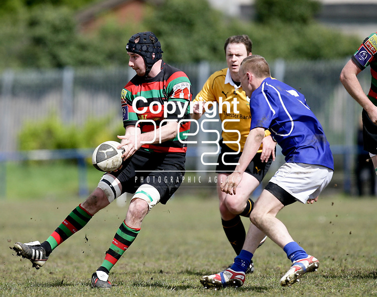 21.04.12<br /> Action from Fitzgerald Park Limerick, Thomond V Highfield. Highfield's Done Keogh in action against Thomond's Gary O'Donnell. Picture: Alan Place/Press 22.