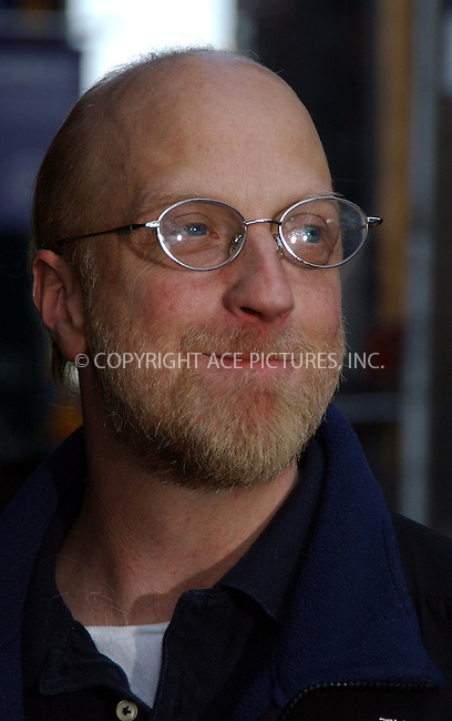 WWW.ACEPIXS.COM . . . . . ....NEW YORK, MARCH 29, 2006....Chris Elliott stops by for a guest appearance at the Late Show with David Letterman.....Please byline: KRISTIN CALLAHAN - ACEPIXS.COM.. . . . . . ..Ace Pictures, Inc:  ..Philip Vaughan (212) 243-8787 or (646) 679 0430..e-mail: info@acepixs.com..web: http://www.acepixs.com