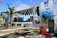 RIO DE  JANEIRO,04 DE  MAIO DE 2012- Palco  Viradão Carioca , na  praia do Arpoador -RJ.<br /> Guto Maia Brazil Phoo Press