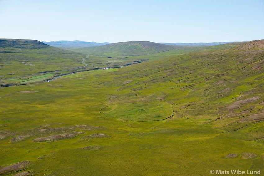 Rjúpnafell, Vesturárdalur, séð til vestsuðvesturs. Vopnafjarðarhreppur. /  Rjupnafell abandoned farmsite in Vesturardalur, viewing westsouthwest. Vopnafjardarhreppur.