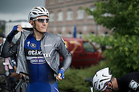 Marcel Kittel (DEU/Etixx-Quickstep) putting on his rain jacket at the start<br /> <br /> stage 4: Hotel Verviers - La Gileppe (Jalhay/BEL) 186km <br /> 30th Ster ZLM Toer 2016