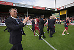 Scunthorpe United 1 Tranmere Rovers 1, 02/05/2009. Glanford Park, Scunthorpe. League One. Photo by Paul Thompson. Scunthorpe Manager Nigel Adkins appluads the fans on a lap of honour.
