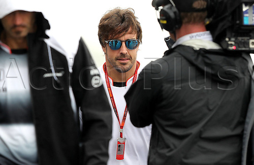 11.11.2016. Sao Paulo, Brazil. Formula 1 Grand Prix of Brazil, qualification. Fernando Alonso (ESP) McLaren Honda F1 Team arrives to the 3rd practise session of the Brazil Grand Prix Formula 1 in 2016 held at the Interlagos Circuit