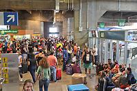 SAO PAULO,SP, 29.12.2018 - FERIADO-SP - MovimentaçãoTerminal Rodoviário do Tiete zona norte de Sao Paulo neste sábado, 29. ( Foto: Luiz Guarnieri/ Brazil Photo Press)