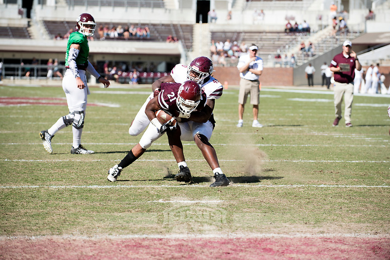 Maroon and White spring football game<br />  (photo by Beth Wynn / &copy; Mississippi State University)