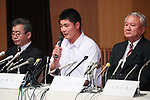 (L to R) <br />  Tomoki Waragai, <br /> Kotaro Kiyomiya (), <br />  Minoru Izumi, <br /> SEPTEMBER 22, 2017 - Baseball :<br /> Kotaro Kiyomiya of Waseda Jitsugyo attends <br /> a press conference in Tokyo, Japan. <br /> He announced that he aims to pursue a career <br /> in Nippon Professional Baseball instead of college education. (Photo by YUTAKA/AFLO)