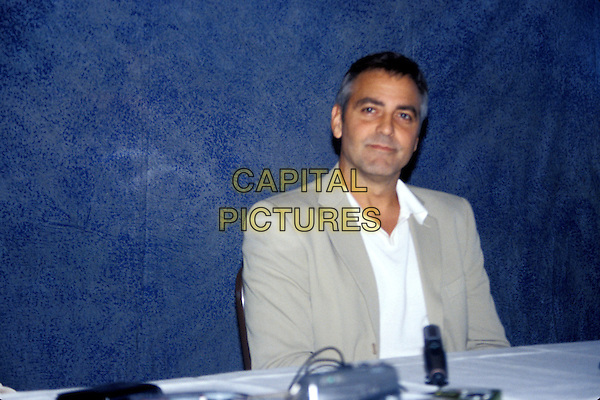 GEORGE CLOONEY.half length.www.capitalpictures.com.sales@capitalpictures.com.© Capital Pictures.