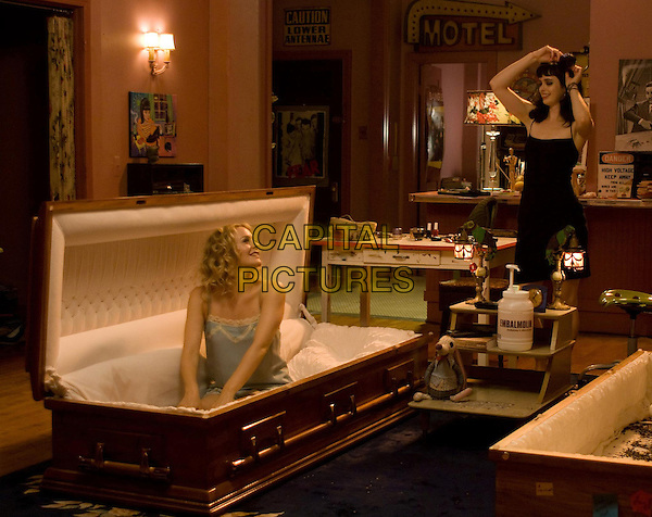 ALICIA SILVERSTONE, KRYSTEN RITTER.in Vamps (2012) .*Filmstill - Editorial Use Only*.CAP/FB.Supplied by Capital Pictures.