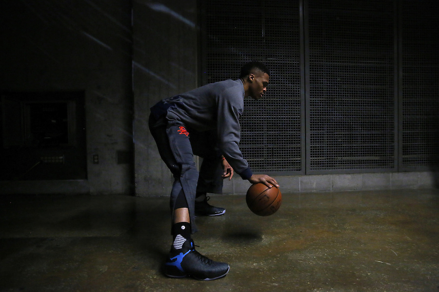 Oklahoma City Thunder guard Russell Westbrook warms up before an NBA basketball game Thursday, Feb. 25, 2016, in New Orleans. (AP Photo/Jonathan Bachman)