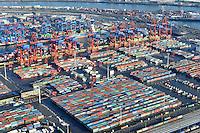 Containerhafen Hamburg Eurogate: EUROPA, DEUTSCHLAND, HAMBURG, (EUROPE, GERMANY), 2.1.2009: Europa, Deutschland, Hamburg,  am Tag, am Tage, am Tage Tag tagsueber, Eurogate, Container Terminal Container-Terminal, Container, Globalisierung, Logistik, Transport, internationaler Handel, Welthandel, Container-Terminal Burchardkai, Containerbruecke, Containerbruecken, Containerfrachter, Containerhaefen, Containerhafen, Umschlaghafen, Containerlogistik, Containerriese, Containerriesen, Containerschiff, Containerschiffe, Containerterminal, Containerumschlag, Containerverkehr, Eurogate EG CTH, Haefen, Hafen, Hafenwirtschaft, HHLA, Luftaufnahme, Luftaufnahmen, Luftbild, Luftbilder, Luftfoto, Luftfotos, Luftphoto, Luftphotos, Schiff, Schiffe, Seehaefen, Seehafen, Universalhafen, Vogelperspektive, Vogelperspektiven, Waltershof, Waltershoferhafen Waltershofer Hafen, Wirtschaft, Wirtschaftszweig.c o p y r i g h t : A U F W I N D - L U F T B I L D E R . de.G e r t r u d - B a e u m e r - S t i e g 1 0 2, .2 1 0 3 5 H a m b u r g , G e r m a n y.P h o n e + 4 9 (0) 1 7 1 - 6 8 6 6 0 6 9 .E m a i l H w e i 1 @ a o l . c o m.w w w . a u f w i n d - l u f t b i l d e r . d e.K o n t o : P o s t b a n k H a m b u r g .B l z : 2 0 0 1 0 0 2 0 .K o n t o : 5 8 3 6 5 7 2 0 9.V e r o e f f e n t l i c h u n g  n u r  n a c h  H o n o r a r  a b s p r a c h e, N a m e n s n e n n u n g  u n d  B e l e g e x e m p l a r !.