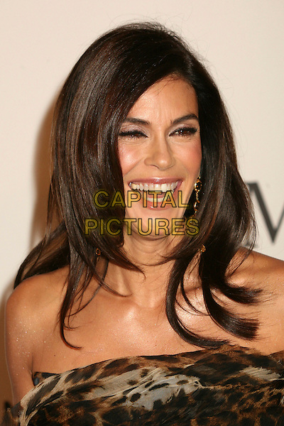 TERI HATCHER.17th Annual Carousel of Hope Ball at the Beverly Hilton Hotel, Beverly Hills, California, USA..October 28th, 2006.Ref: ADM/BP.headshot portrait strapless.www.capitalpictures.com.sales@capitalpictures.com.©Byron Purvis/AdMedia/Capital Pictures.