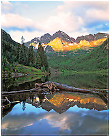 Maroon Bells at Sunrise, Maroon Bells / Snowmass Wilderness, Colorado