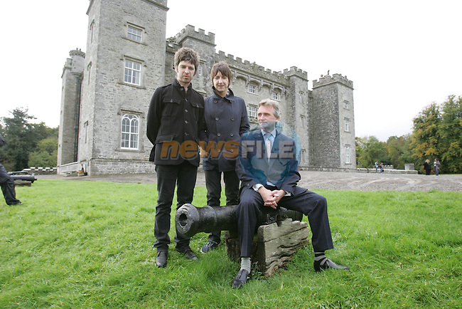 Oasis to headline Slane in 2009 .Pictures at the announcement of the Slane concert for 2009 Oasis, Is Lord Henry Mt Charles and Noel Gallagher..Photo: Fran Caffrey/www.newsfile.ie.