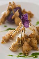 Europe/France/Rhône-Alpes/01/Ain/ Divonne-les-Bains: Grenouille en jambonnettes meunière à l'écrasée de pommes de terre et à l'ail doux recette d'Eric Manent - Château de Divonne