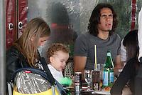 Il calciartore Edinson Cavani con ex moglie Maria Soledad<br /> foto ciro de luca