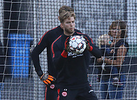 Torwart Felix Wiedwald (Eintracht Frankfurt) - 10.10.2018: Eintracht Frankfurt Training, Commerzbank Arena, DISCLAIMER: DFL regulations prohibit any use of photographs as image sequences and/or quasi-video.