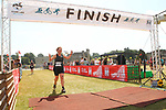 2015-06-27 Leeds Castle Sprint Tri 55 SB finish rem