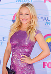 UNIVERSAL CITY, CA - JULY 22: Hayden Panettiere arrives at the 2012 Teen Choice Awards at Gibson Amphitheatre on July 22, 2012 in Universal City, California.