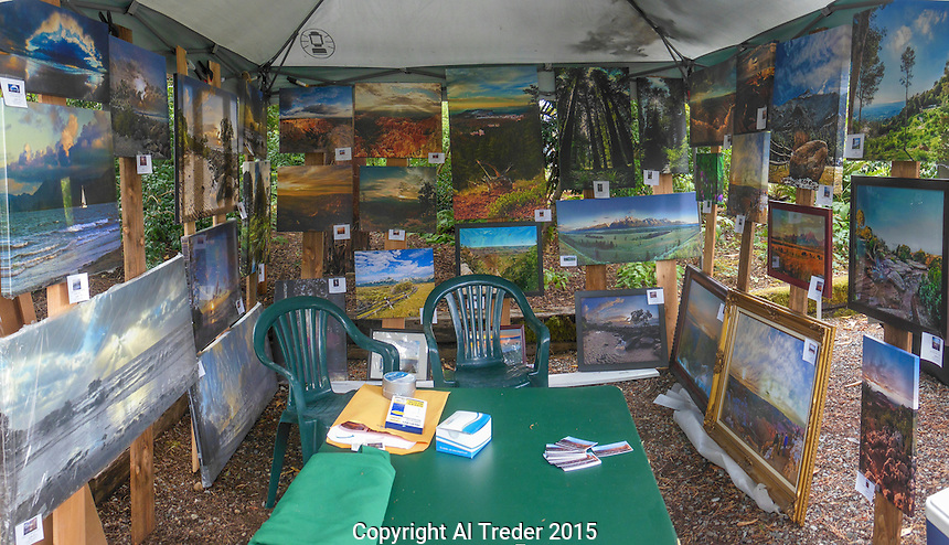 Al Treder Photography booth at Soos Creek Botanical Garden, 15 August 2015