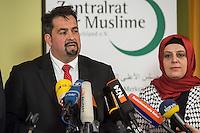 """Treffen des Zentralrat der Muslime mit AfD-Parteispitze am 23. Mai 2016 im Regent-Hotel in Berlin.<br /> Der Zentralrat der Muslime (ZDM) hatte fuehrende AfD-Politiker zu einem Gespraech eingeladen, um ueber diskriminierende und islamfeindliche Ausserungen und Passagen im AfD-Parteiprogramm zu reden. Die AfD-Politiker liessen das Gespraech nach kurzer Zeit platzen und beschuldigten den ZDM """"nicht auf Augenhoehe"""" mit der AfD reden und sie """"erpressen"""" zu wollen.<br /> Im Bild vlnr.: Aiman Mazyek, Vorsitzender des Zentralrat; Nurhan Soykan, Generalsekretaerin und erste Stellvertreterin des Zentralrat.<br /> 23.5.2016, Berlin<br /> Copyright: Christian-Ditsch.de<br /> [Inhaltsveraendernde Manipulation des Fotos nur nach ausdruecklicher Genehmigung des Fotografen. Vereinbarungen ueber Abtretung von Persoenlichkeitsrechten/Model Release der abgebildeten Person/Personen liegen nicht vor. NO MODEL RELEASE! Nur fuer Redaktionelle Zwecke. Don't publish without copyright Christian-Ditsch.de, Veroeffentlichung nur mit Fotografennennung, sowie gegen Honorar, MwSt. und Beleg. Konto: I N G - D i B a, IBAN DE58500105175400192269, BIC INGDDEFFXXX, Kontakt: post@christian-ditsch.de<br /> Bei der Bearbeitung der Dateiinformationen darf die Urheberkennzeichnung in den EXIF- und  IPTC-Daten nicht entfernt werden, diese sind in digitalen Medien nach §95c UrhG rechtlich geschuetzt. Der Urhebervermerk wird gemaess §13 UrhG verlangt.]"""