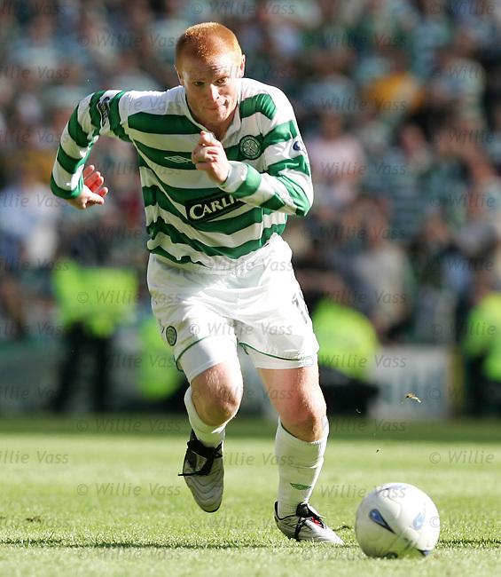 Neil Lennon, Celtic.stock season 2003-2004.pic willie vass