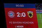 07.11.2018, Allianz Arena, Muenchen, GER, UEFA CL, FC Bayern Muenchen (GER) vs AEK Athen (GRC), Gruppe E, UEFA regulations prohibit any use of photographs as image sequences and/or quasi-video, im Bild Endstand auf der Anzeigetafel 2-0 <br /> <br /> Foto © nordphoto / Straubmeier