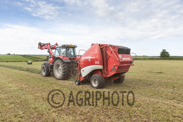 19.5.2020 Baling silage in Rutland <br /> ©Tim Scrivener Photographer 07850 303986<br />      ....Covering Agriculture In The UK....