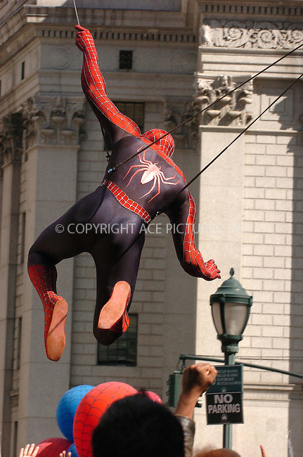 WWW.ACEPIXS.COM . . . . .  ....June 10 2006, New York City......The Spiderman stunt double shoots a scene for Spiderman 3 in downtown Manhattan.......Please byline: AJ Sokalner - ACEPIXS.COM..... *** ***..Ace Pictures, Inc:  ..(212) 243-8787 or (646) 769 0430..e-mail: info@acepixs.com..web: http://www.acepixs.com