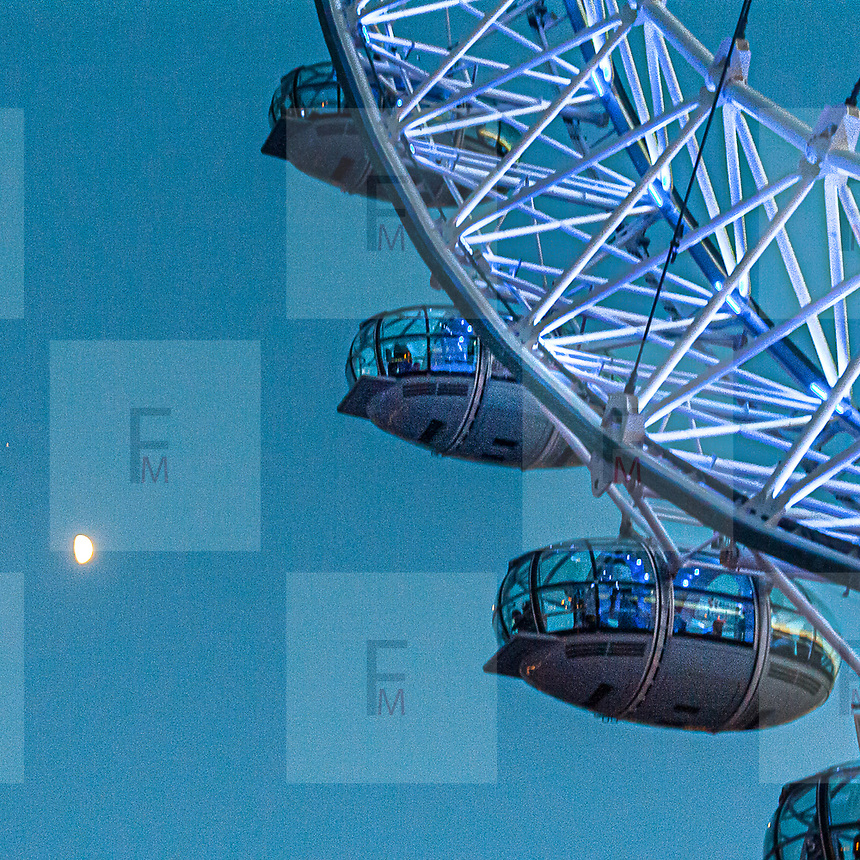 La ruota panoramica London Eye conosciuta anche come Millennium Wheel.<br /> <br /> The ferris wheel London Eye, also known as the Millennium Wheel.