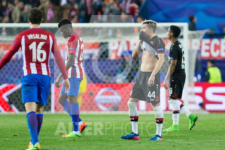 Kevin Kampl of Bayer 04 Leverkusen reacts during the match of Uefa Champions League between Atletico de Madrid and Bayer Leverkusen at Vicente Calderon Stadium  in Madrid, Spain. March 15, 2017. (ALTERPHOTOS / Rodrigo Jimenez)
