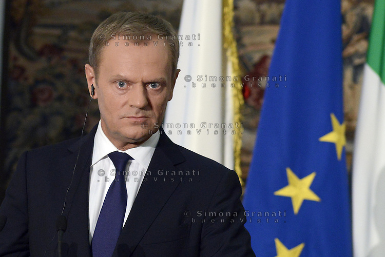 Roma, 19 Maggio 2014<br /> Il Presidente del Consiglio dei Ministri, Matteo Renzi, ha incontrato a Villa Doria Pamphilj il Primo Ministro della Repubblica di Polonia, Donald Tusk. <br /> Donald Tusk durante la conferenza stampa congiunta<br /> The President of the Council of Ministers, Matteo Renzi, met at Villa Doria Pamphili, the Prime Minister of the Republic of Poland, Donald Tusk.<br /> The press conference