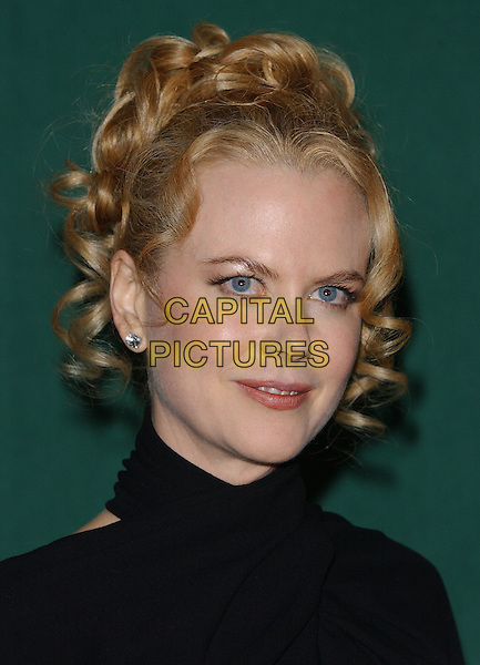 NICOLE KIDMAN.Awards of the London Film Critics Circle.Dorchester Hotel 13 February 2002.portrait, headshot.www.capitalpictures.com.sales@capitalpictures.com.©Capital Pictures