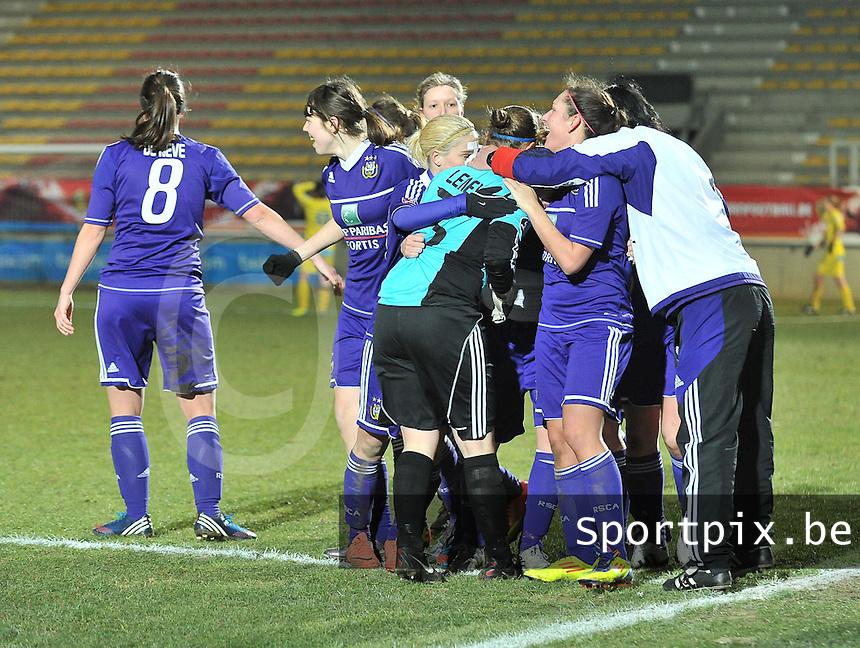 Waasland Beveren Sinaai Girls - RSC Anderlecht : vreugde bij Anderlecht .foto DAVID CATRY / Nikonpro.be