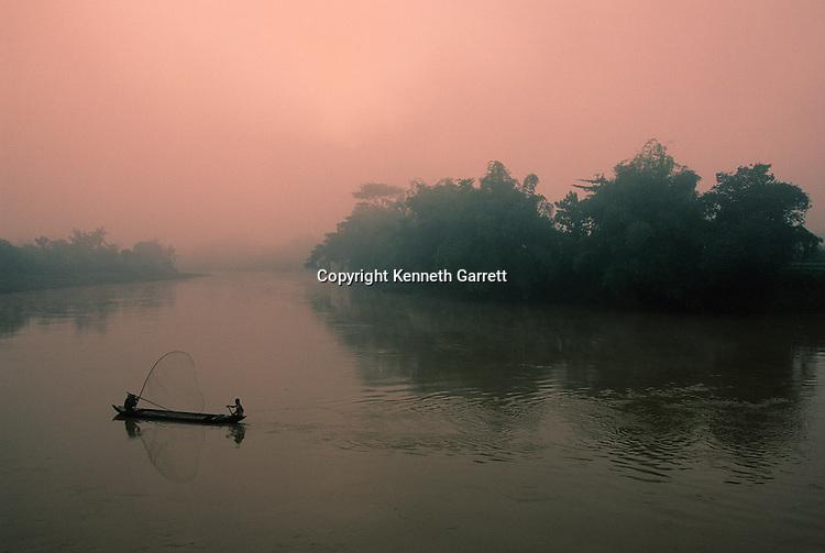 Java, Indonesia, Fishermen, Trinil, Homo Erectus, type Specimen