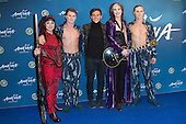 London, UK. 19 January 2016. Sportsman Tom Daley poses with Cirque du Soleil performers. Celebrities arrive on the red carpet for the London premiere of Amaluna, the latest show of Cirque du Soleil, at the Royal Albert Hall.