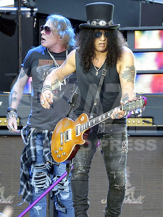PARIS, FRANÇA, 08.07.2018 - SHOW-PARIS - A banda Guns and Roses durante show em Paris na França neste sabado, 08. (Foto: JMFR/Brazil Photo Press)