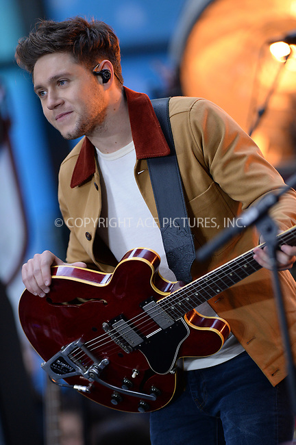 www.acepixs.com<br /> October 26, 2017 New York City<br /> <br /> Niall Horan performing on NBC's 'Today' at Rockefeller Plaza on October 26, 2017 in New York City. <br /> <br /> Credit: Kristin Callahan/ACE Pictures<br /> <br /> Tel: (646) 769 0430<br /> e-mail: info@acepixs.com