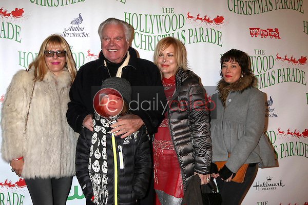 Courtney Brooke Wagner, Robert Wagner, Riley Wagner-Lewis, Katie Wagner, Natasha Gregson Wagner<br /> at the 85th Annual Hollywood Christmas Parade, Hollywood Boulevard, Hollywood, CA 11-27-16<br /> David Edwards/DailyCeleb.com 818-249-4998