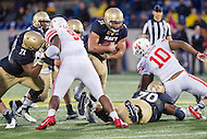 Annapolis, MD - OCT 8, 2016: Navy Midshipmen fullback Shawn White (31) in action during game between Houston and Navy at Navy-Marine Corps Memorial Stadium Annapolis, MD. The Midshipmen upset #6 Houston 46-40. (Photo by Phil Peters/Media Images International)