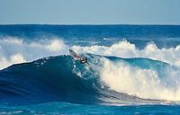 Derek Hynd (AUS), Sunset Beach, Hawaii..photo:  joliphotos.com