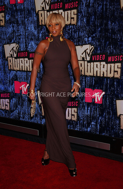 WWW.ACEPIXS.COM . . . . . ....September 9 2007,  Las Vegas, Nevada....Singer Mary J Blige arriving at the 2007 MTV Video Music Awards at the Palms Casino.....Please byline: KRISTIN CALLAHAN - ACEPIXS.COM.. . . . . . ..Ace Pictures, Inc:  ..tel: (646) 679 0430..e-mail: picturedesk@acepixs.com..web: http://www.acepixs.com