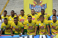 NEIVA, COLOMBIA, 01-05-2016: Jugadores del Huila posan para una foto previo al partido entre Atlético Huila y Atlético Nacional por la fecha 16 de la Liga Águila I 2016 jugado en el estadio Guillermo Plazas Alcid de la ciudad de Neiva./ Players of Huila pose to a photo prior the match between Atletico Huila and Atletico Nacional for the date 16 of the Aguila League I 2016 played at Guillermo Plazas Alcid in Neiva city. VizzorImage / Sergio Reyes / Cont