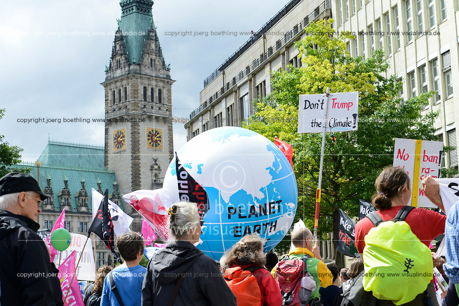 GERMANY, Hamburg, town hall, protest rally against G-20 summit in july 2017 / DEUTSCHLAND, Hamburg, Rathaus, Protest Demo gegen G20 Gipfel in Hamburg