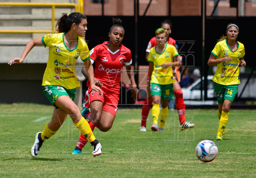 TUNJA -COLOMBIA, 9-02-2017. Acción de juego entre Patriotas FC vs Huila durante encuentro por la fecha de la Liga Femenina Aguila I 2017 disputado en el estadio de La Independencia./ Action game between Patriotas FC and Huila during match for the date 1 of the Women's Aguila League 2017 played at La Independencia stadium . Photo: VizzorImage / Javier Morales / Cont