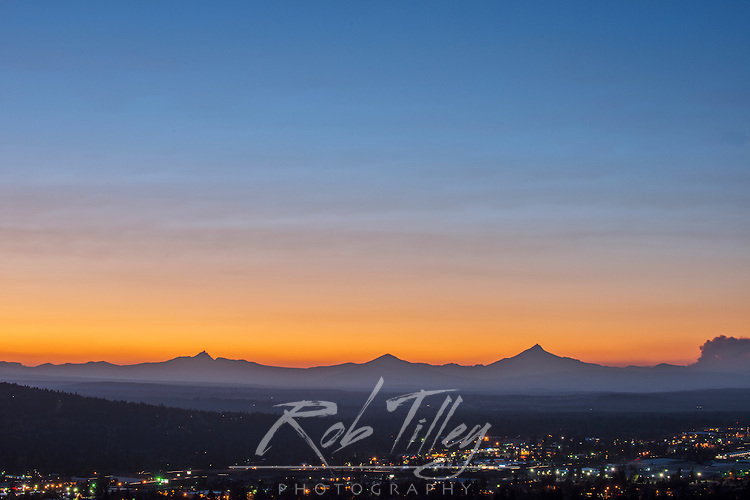 USA, OR, Bend, Twilight View From Pilot Butte